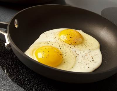 eggs in nonstick pan